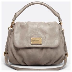 Marc by Marc Jacobs Classic Q Ukita in Gray/Gold